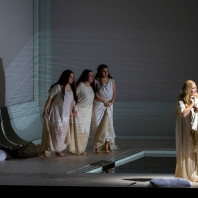 Andreea Soare, Élodie Méchain, Emanuela Pascu & Camilla Nylund - Rusalka par Robert Carsen