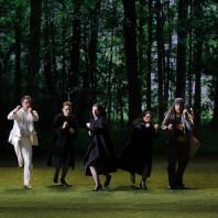 Julien Behr, Chiara Skerath, Julie Robard-Gendre, Élodie Méchain et Florian Sempey - La Flûte enchantée par Robert Carsen