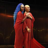 J'Nai Bridges & Anthony Roth Costanzo - Akhnaten par Phelim McDermott