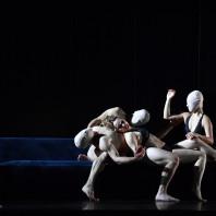 Dilyara Idrisova - Le Triomphe du Temps et de la Désillusion par Ted Huffman