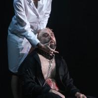 Julia de Castro & Xavier Sabata - Marie par Rafael R. Villalobos
