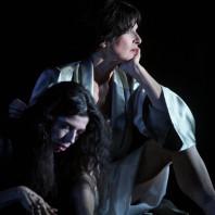 Julia de Castro & Nicola Beller Carbone - Marie par Rafael R. Villalobos