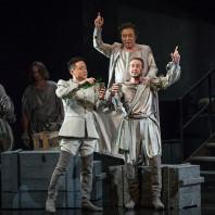 Seng-Hyoun Ko (Iago), Cassio (Christophe Berry) et Xin Wang (Roderigo)