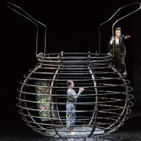 Chloé Briot et Julie Boulianne - Le Roi Carotte par Laurent Pelly