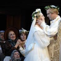 Julia Kleiter (Eva) et Brandon Jovanovich (Walther von Stolzing) - Les Maîtres Chanteurs de Nuremberg par Stefan Herheim