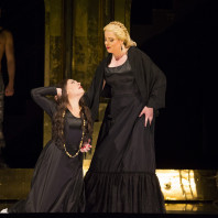 Radvanovsky et Barcellona dans Aida