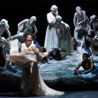 Nora Gubisch (Amneris), Adina Aaron (Aida) - Aida par Stathis Livathinos