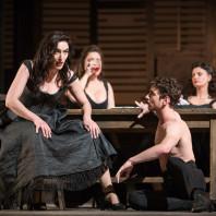 Julie Robard-Gendre, Marie-Bénédicte Souquet et Sophie Pondjiclis - Carmen par Nicola Berloffa