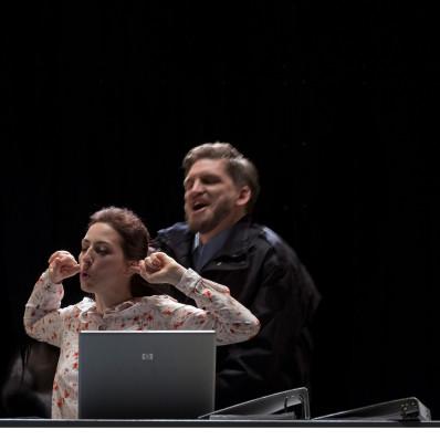 Olivia Doray (Marcelline) et Andréa Früh (Jaquino) - Fidelio par Philippe Miesch