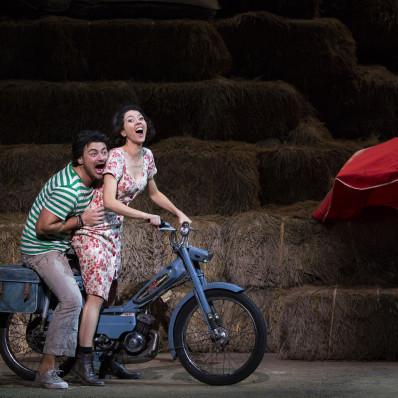 Lisette Oropesa et Vittorio Grigolo dans l'Elixir d'Amour