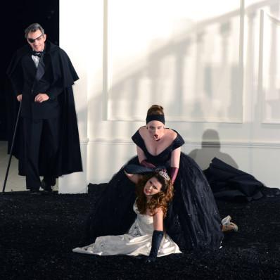 Jean-Sébastien Bou, Sabina Puértolas, Avery Amereau - Rodelinda par Claus Guth