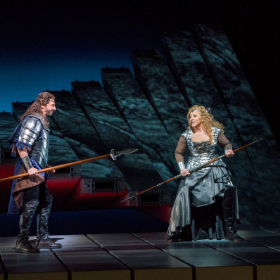 Greer Grimsley & Christine Goerke - La Walkyrie par Robert Lepage