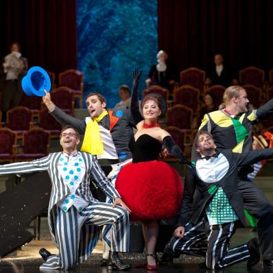 Michael Laurenz, Gabriel Bermúdez, Elena Moșuc, Martin Mitterrutzner et Tobias Kehrer - Ariane à Naxos par Sven-Eric Bechtolf