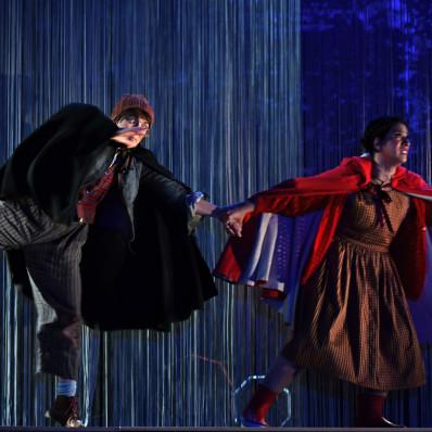 Capucine Meens et Stéphanie Révillion - La Forêt bleue par Victoria Duhamel