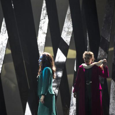 Annette Dasch et Evelyn Herlitzius - Lear par Calixto Bieito