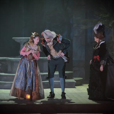 Vannina Santoni & Robert Gleadow - Les Noces de Figaro par James Gray