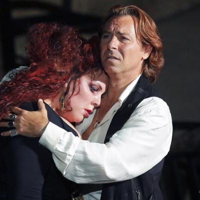 Marie-Nicole Lemieux et Roberto Alagna dans Le Trouvère
