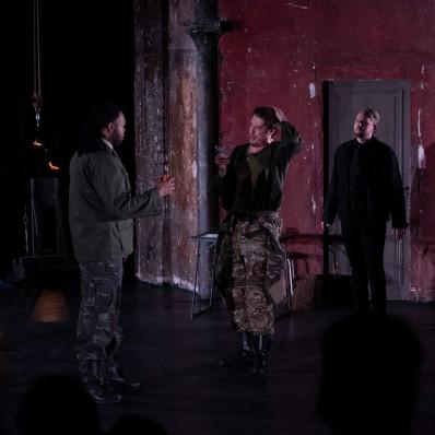 Aaron Pendleton, Alexander York & Tobias Westman - Le Viol de Lucrèce par Jeanne Candel