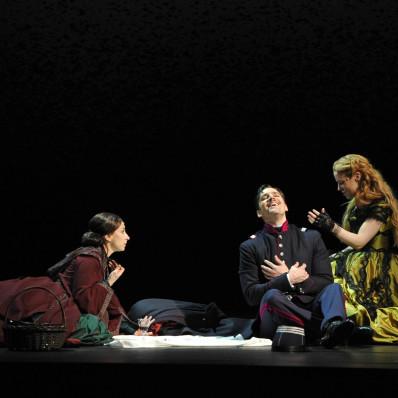 Natalie Dessay (Fosca), Ryan Silverman (Giorgio) et Erica Sypres (Clara)