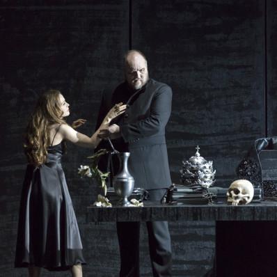 Milling et Zhidkova dans Don Carlo
