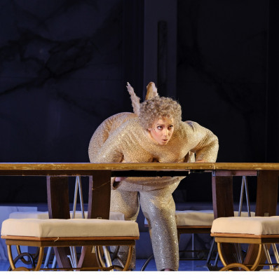 Jennifer Courcier dans Orphée aux enfers