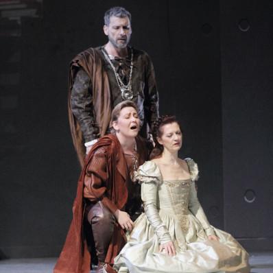 Nicolas Courjal, Karine Deshayes et Patrizia Ciofi dans I Capuletti e i Montecchi par Nadine Duffaut