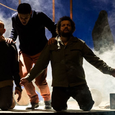 Paul-Alexandre Dubois, Nathanaël Kahn et Christophe Crapez dans The Lighthouse par Alain Patiès