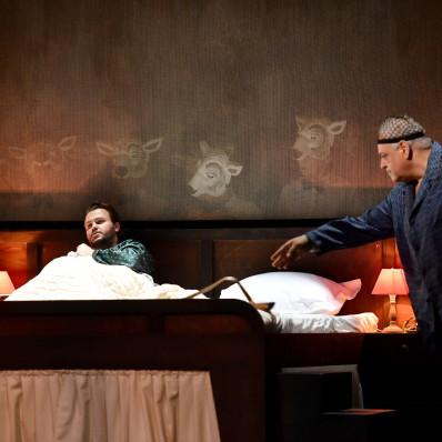 Bruno Pratico et Kévin Amiel dans La Nuit d'un neurasthénique