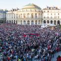 L'opération L'Opéra sur Écran sur la place de la Mairie de Rennes