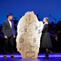 Marie Oppert (Geneviève) et Vincent Niclo (Guy) dans Les Parapluies de Cherbourg