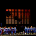 Sophie Koch (Marguerite) dans La Damnation de Faust par Alvis Hermanis