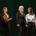 Florencia Machado, Mercedes Morán & Yun Jung Choi - Theodora par Alejandro Tantanian