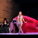 Lise Lindstrom - danse des Sept Voiles de Salomé