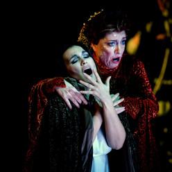 Olga Peretyatko et Sophie Marilley - Les Contes d'Hoffmann par Jean-Louis Grinda