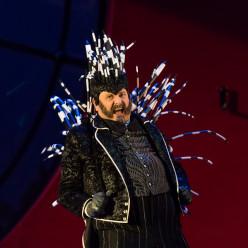Laurent Montel (Lord Elfort) - Le Domino noir par Valérie Lesort et Christian Hecq