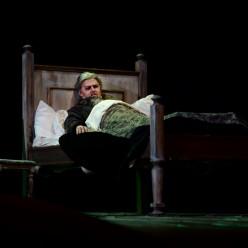 Alexey Tikhomirov dans I Masnadieri