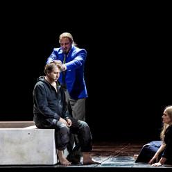 Günther Groissböck (Gurnemanz), Andreas Schager (Parsifal), Anja Kampe (Kundry) - Parsifal par Richard Jones