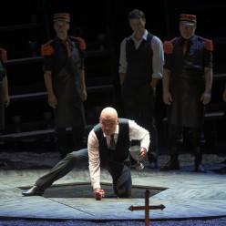 Nicolas Cavallier (Méphistophélès)  - Faust par Julien Ostini