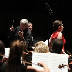 Michael Schonwandt dirige Kassya