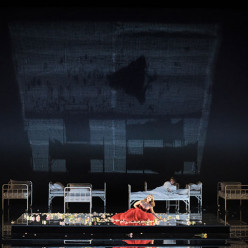 La Traviata par Deborah Warner
