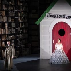 Nicolas Cavallier et Pauline Texier dans Barkouf