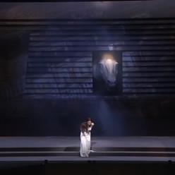 Les Troyens par Yannis Kokkos