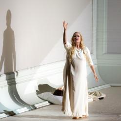 Camilla Nylund - Rusalka par Robert Carsen