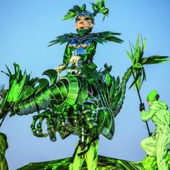 Marionnette de l'oiseau vert - La Flûte enchantée au Festival de Brégence