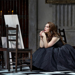 Aušrinė Stundytė - Tosca par Christof Loy