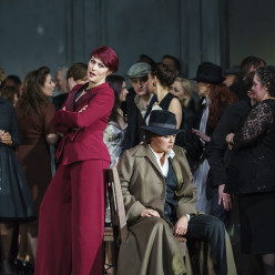 Veronica Simeoni et Anna Netrebko - La Force du destin par Christof Loy
