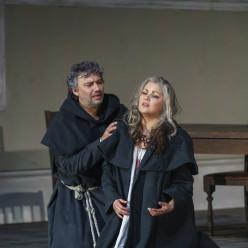 Jonas Kaufmann et Anna Netrebko - La Force du destin par Christof Loy