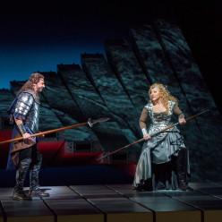 Greer Grimsley & Christine Goerke - La Walkyrie par Robert Lepage