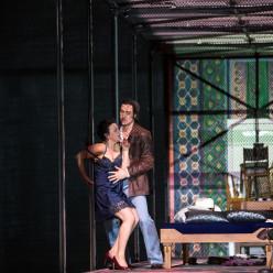 Aušrinė Stundytė (Katerina Lvovna Ismailova), Pavel Černoch (Serguei) - Lady Macbeth du district de Mzensk par Krzysztof Warlikowski