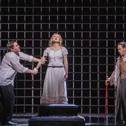 Michael Fabiano, Irina Lungu, et Erwin Schrott - Faust par David McVicar